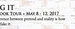 Blog Tour: Guestpost & Giveaway  Christine d'Abo - Faking It